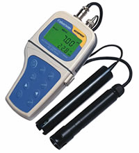 Waterproof Portable  pH/DO Meter (Backlit) CyberScan PD300